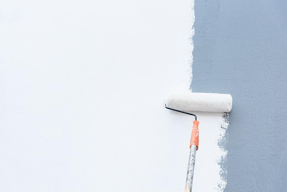 How to Paint a Wall with a Roller